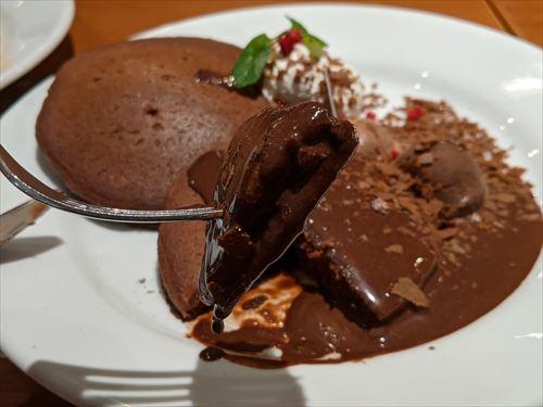 デニーズゴディバチョコレートパンケーキ