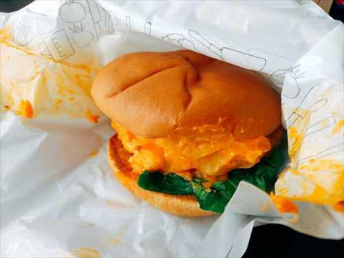 モスバーガーマッケンチーズ&コロッケ口コミ実食レポ