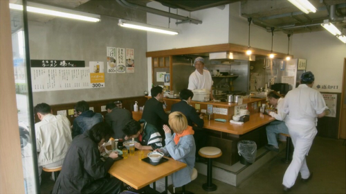 【コントが始まる】第1話のラーメン屋さんのロケ地は由丸製麺所平和島!